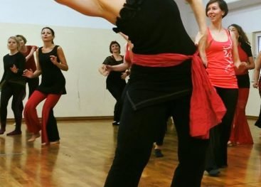 Skozi ples do sebe