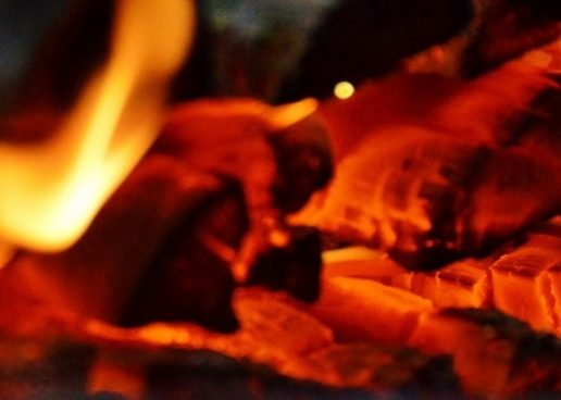Neomejeni potenciali v plesu z ognjem