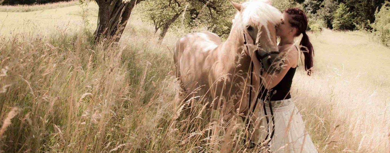 Konji šepetajo moji duši